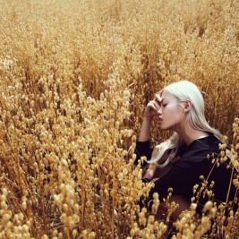 Ethereal portrait photography by Lucia O'Connor-McCarthy